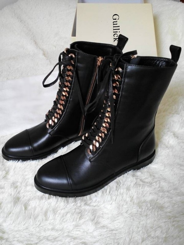 Fashion Gold Chain Ankle Boots Black Leather Lace up Stacked Heel Flat Motorcycle Boots Women Round Toe Lady Runway Ridding Boot - 3