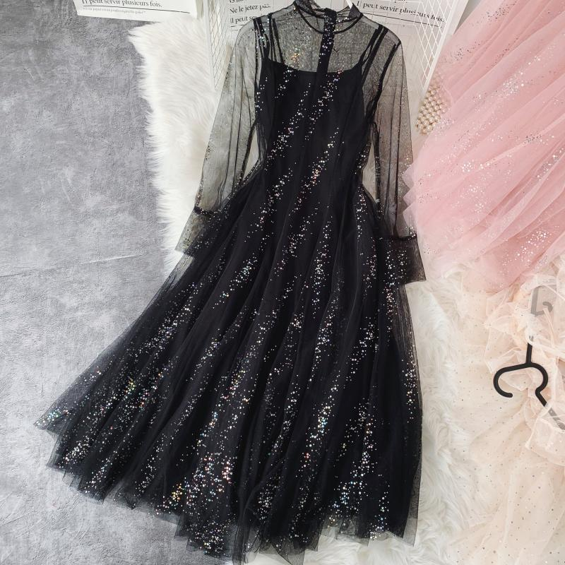 Miss Gentle Atmosphere Quality, And The Fairy Posed In Long White Gauze Skirt Sparkling Sequins Two-piece Women Dress