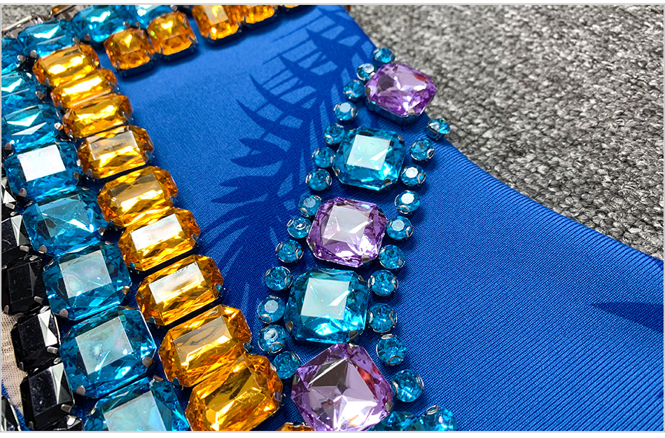 DETAIL-blue-crystal-beaded_4