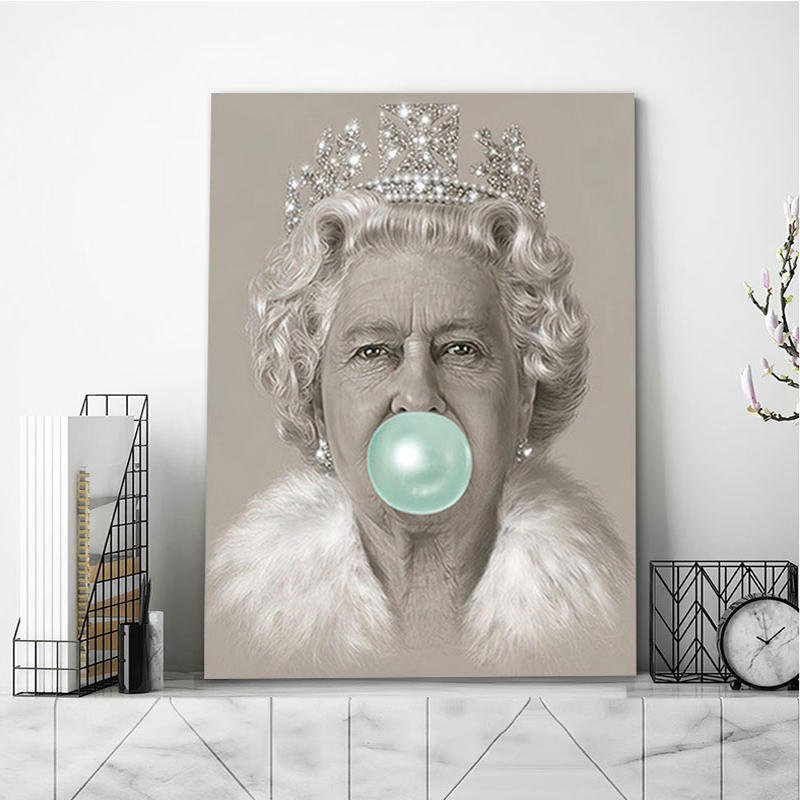 Posters and Prints of the Queen Blowing Bubbles Elizabeth II Pictures Print Canvas Painting Living Room Home Nordic Decor Mural