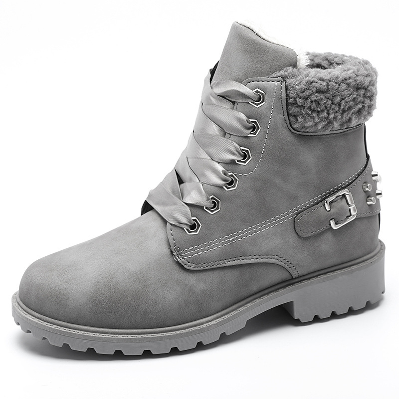 Size 43 women winter boots 2019 New Arrival Fashion Suede Women Snow Boots Metal rivet Warm Plush Women's Ankle Boots Flat shoes 25