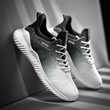2020 Gradientตาข่ายผู้ชายรองเท้าชายฤดูใบไม้ผลิผู้ชายรองเท้าสบายๆน้ำหนักเบารองเท้าผ้าใบLace Up Breathable Sapato Masculino