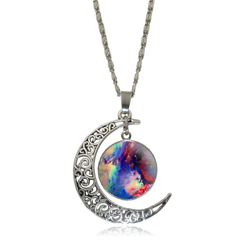 Belle galaxie nébuleuse croissant de lune collier à la main - Bijoux fantaisie - Photo 6