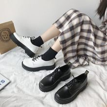 Novo outono sapatos femininos sólido couro preto oxford sapatos mulher rendas até saltos altos fundo grosso plataforma plana mocassins sapatos casuais