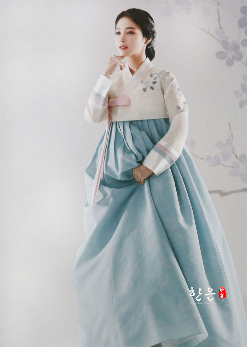 South Korea Imported The Latest Bride Hanbok / Toast Wedding Hanbok