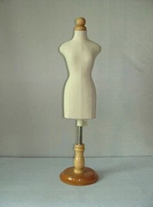 mannequin sewing,FEMALE model names maquiagem profissional upper body,1:2 scale Jersey bust with button wooden