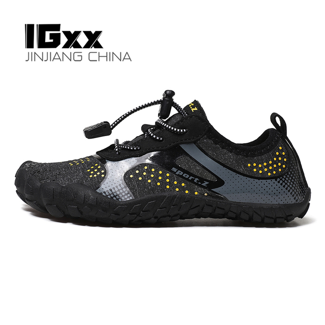 IGxx Water Shoes for Kids Boys Girls Aqua Socks Barefoot Beach Sports Swim Quick Dry Lightweight Walking Hiking Wading Sneakers 1