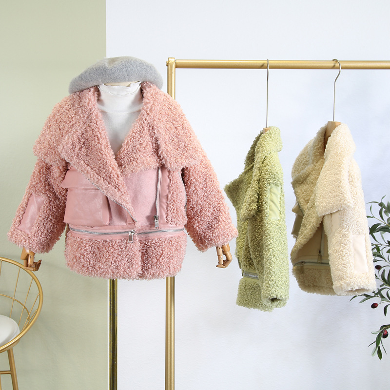Girls wear jacket 2019 winter new children's lamb hair short jacket fur thick sweater