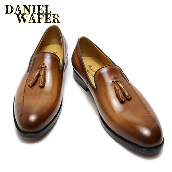 LUXURY BRAND MEN'S LOAFERS SHOES GENUINE LEATHER TASSELS SLIP ON BROWN BLACK FLATS LOAFERS CASUAL MEN DRESS FORMAL LEATHER SHOES genuine leather slip on men loafers dress flats shoes big size 46 luxury brand loafers shoes fashion casual men shoes 8820