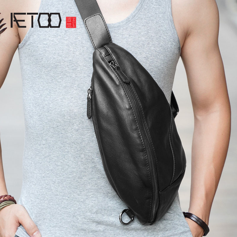 AETOO Mens chest bag leather Messenger casual mens top layer shoulder