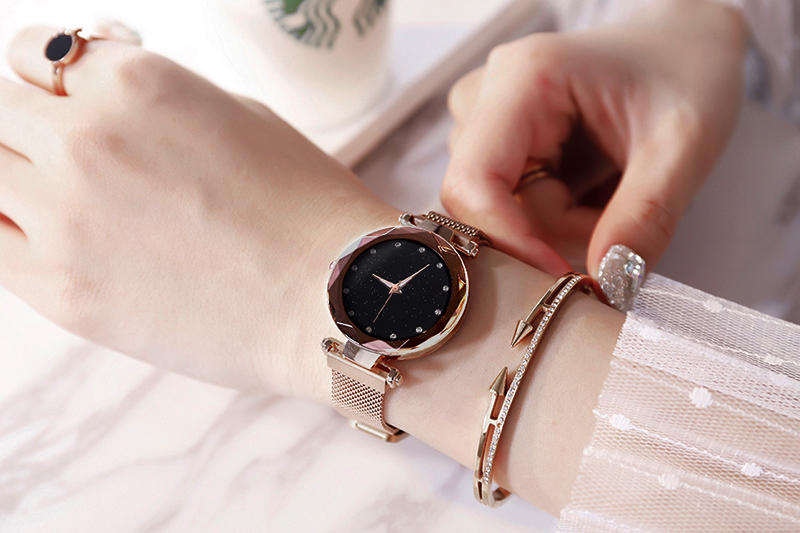 H7f2f238cd2e741ae96db3bce97488c8a3 Luxury Women Watches Ladies Magnetic Starry Sky