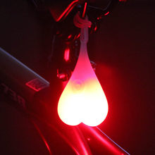 Luz da bicicleta coração forma ciclismo bolas cauda silicone à prova dwaterproof água lanterna traseira luzes noite aviso led