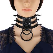 16 черного цвета из искусственной кожи с длинными шипами колье