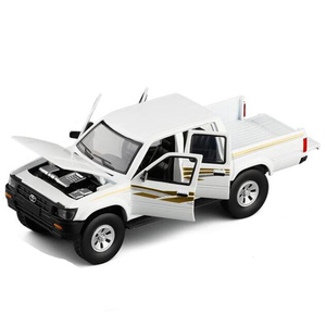 New 1/32 Toyota Hilux Pick Up