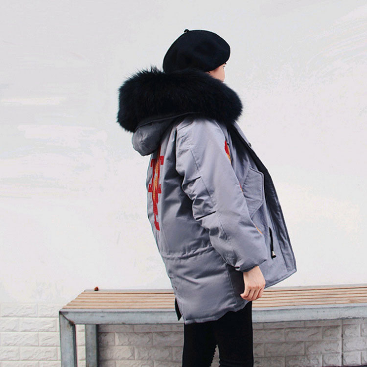 Embroidery white duck   down   jackets women's natural raccoon dog fur collar fashion winter   down     coats   2019 new autumn