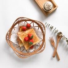 Wicker Rattan Storage Tray Petals Shape Food Fruit Bread Breakfast Hand-Woven Tea Dessert Serving Plate For Dinner Parties