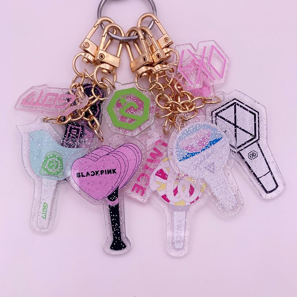 Kpop Acrylic Keychain BLACKPINK EXO GOT7 IZONE SEVENTEEN TWICE ROSE Keyrings Fashion Car Phone Key Chains Pendant Accessories