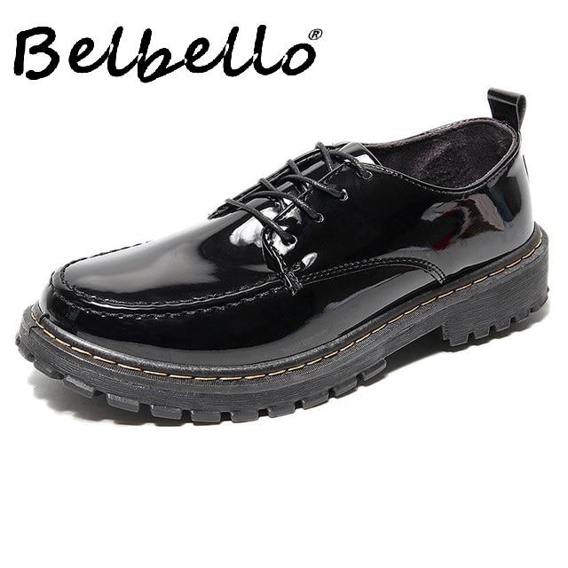 2019 printemps nouveau cuir verni chaussures pour hommes version coréenne de la tendance des chaussures en gros hommes bas pour aider à chaussures décontractées sauvages