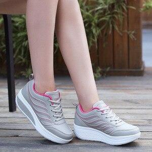 Image 5 - Designer Weiß Plattform Turnschuhe Casual Schuhe Frauen Tenis Feminino Frauen Keile Schuhe Schuhe Korb Femme trainer frauen