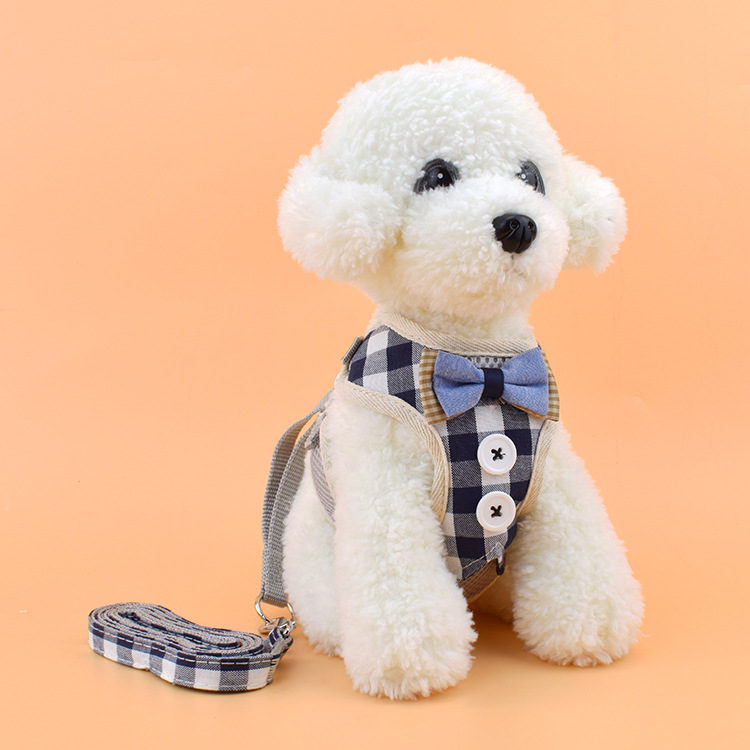 Hot Selling Adjustable Dog Chest Strap Korean-style Fashion Breathable Grid Pet Vest Style Hand Holding Rope