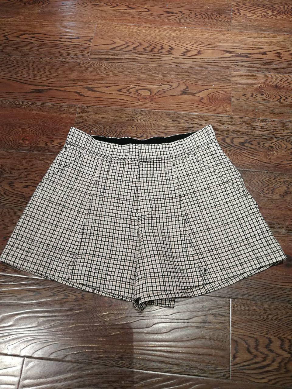 2019 ladies fashion loose casual check shorts 0725