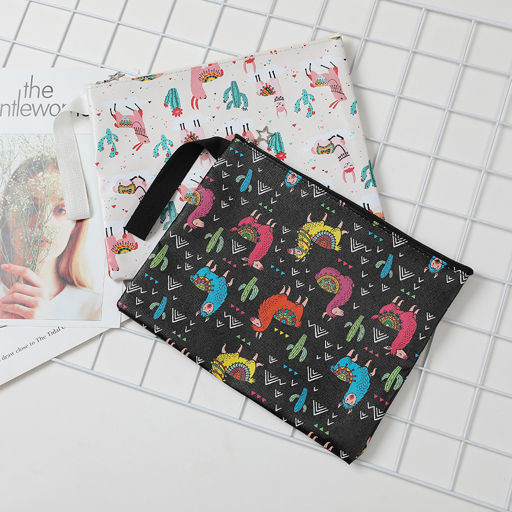 Outdoor Alpaca Print Handbag Shoulder Tote Ladies Purse Travel Bag Cases Travel Makeup Organizer Bath Wash Kit Multifunction