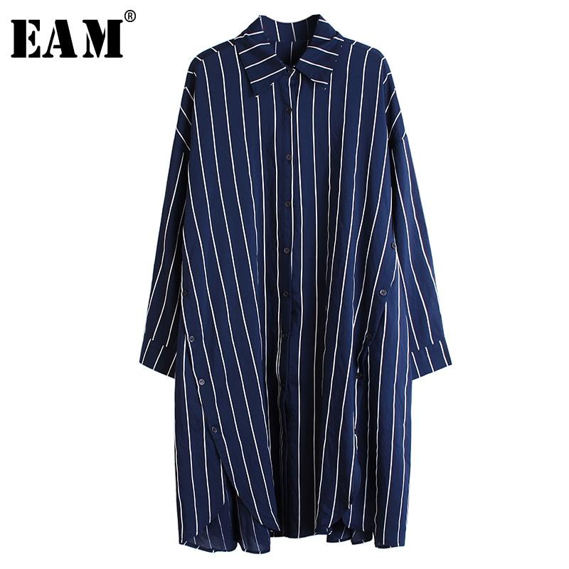 [EAM] Women Blue Striped Button Vent Big Size Blouse New Lapel Long Sleeve Loose Fit Shirt Fashion Tide Spring Autumn 2020 1R209