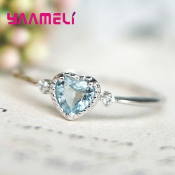 2020 New Trendy Women Rings Exquisite 925 Sterling Silver Popular Light Blue Austrian Crystal Heart Shaped Charm Fine Jewelry