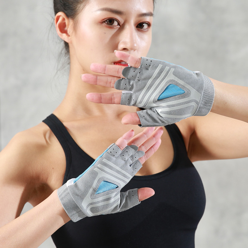 Sports gloves female fitness half finger anti-cocoon protective gloves wrist training gloves horizontal bar anti-off hand wrist