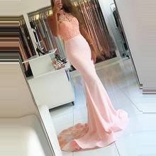 купить 2019 Blush Pink Mermaid Prom Dresses Halter Neck Appliques Lace Long Satin Formal Evening Dress Custom Made Wedding Party Dress дешево