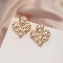 2020 Baroque Women Big Heart Shape Pearl Drop Earrings Elegant Trendy Metal Earrings Exquisite Gold Color Earings Jewelry Gift