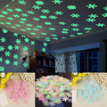 50pcs 3D Snowflake Luminous Wall Sticker Fluorescent Glow In The Dark Wall Decal For Homw Kids Room Bedroom Christmas Decor