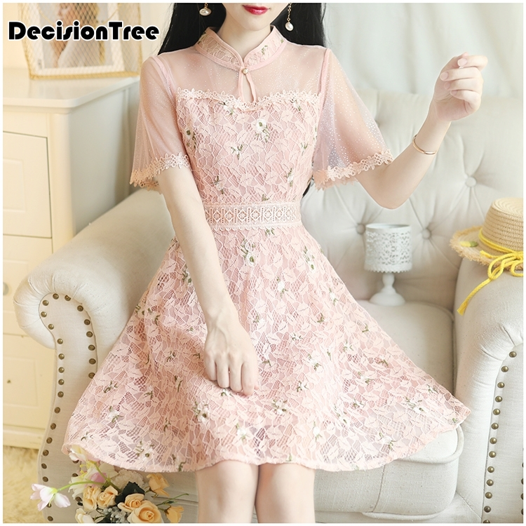 2020 Oriental Lace Elegant Wedding Evening Party Dress Chinese Traditional Embroidery Cheongsam Lace Knee Length Qipao