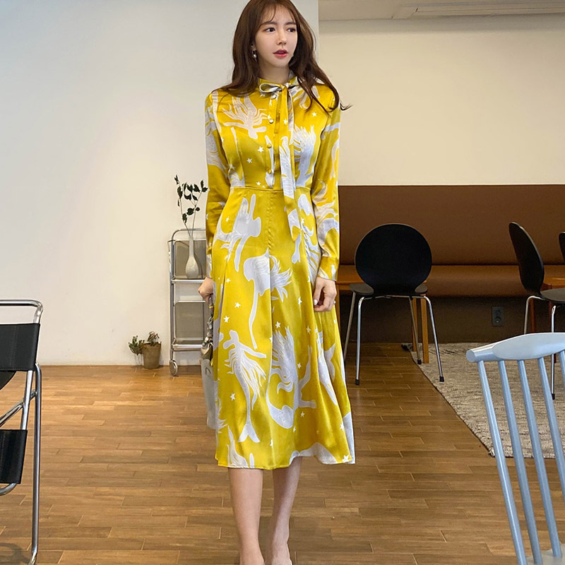 2020 summer new Korean temperament bow tie lace waist print big swing fashion dress Office Lady  Polyester
