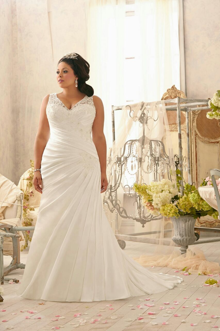Custom Made V-neck Ruched Satin Wedding Dresss 2016