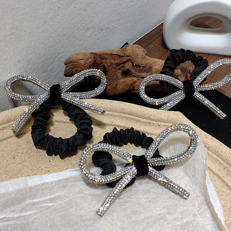 South Korea's Dongdaemun Shiny diamond-studded bow hair ring head rope ins fashionable wild sweet tie hair rubber band Women