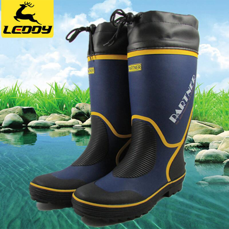 Men Hiking Shoes Waterproof Leather Shoes Climbing & Fishing Shoes New Popular Outdoor Shoes Men High Top Winter Boots image