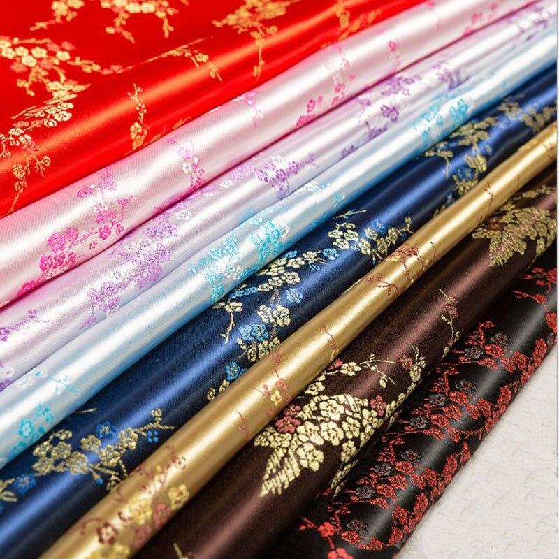 1PC = 100*90cm tissu de brocart de soie de fleur de prunier chinois Cheongsam vêtements Costumes bricolage tissu pour coudre tissu housse de coussin