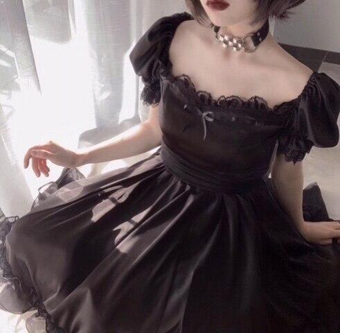Купить готическое винтажное платье лолиты с квадратным воротником и