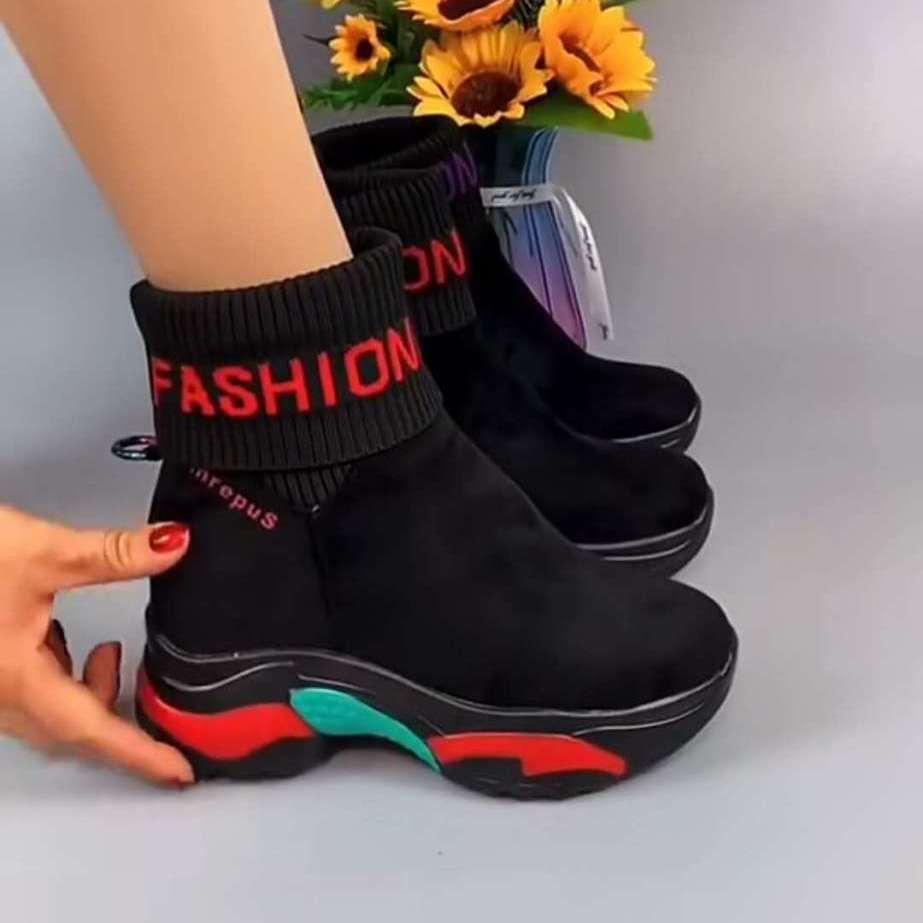 Короткие ботинки на толстой подошве Женская Осенняя обувь новинка