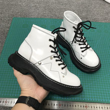 Motorcycle Boots Women Luxury Short Botas Mujer Leather Shoes Women Thick Sole Botines Mujer Ankle Boots Fashion Cool Footwear(China)