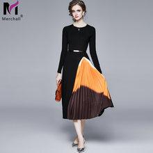 Женское трикотажное платье свитер с круглым вырезом и длинным