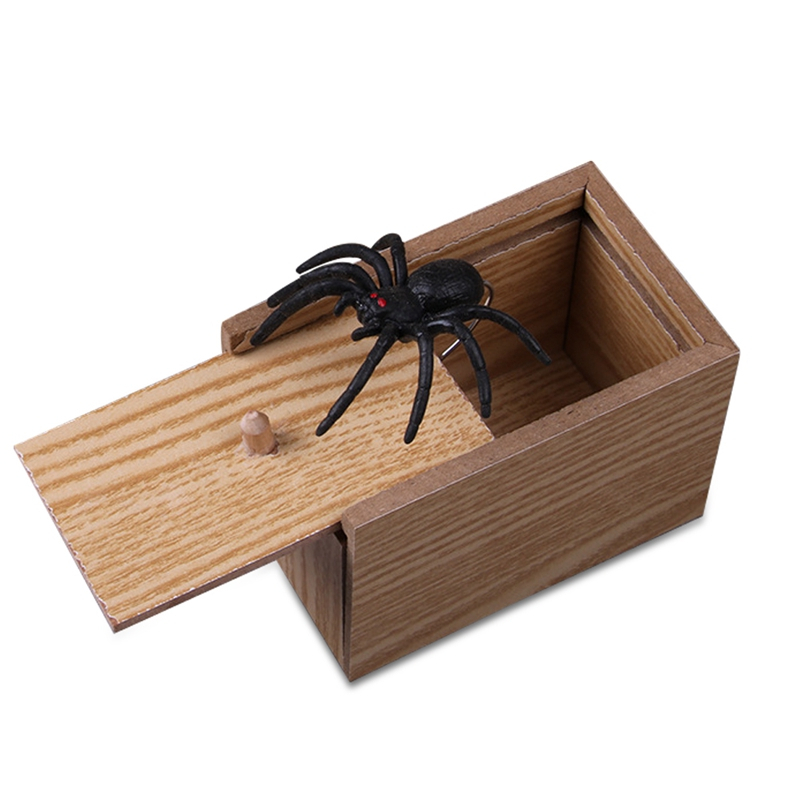 Prank Toy Insect Spoof Toy Spider Scorpion Toy Trick Halloween Wooden Scarebox Prank Box April Fools' Day Gag Gift Send Random