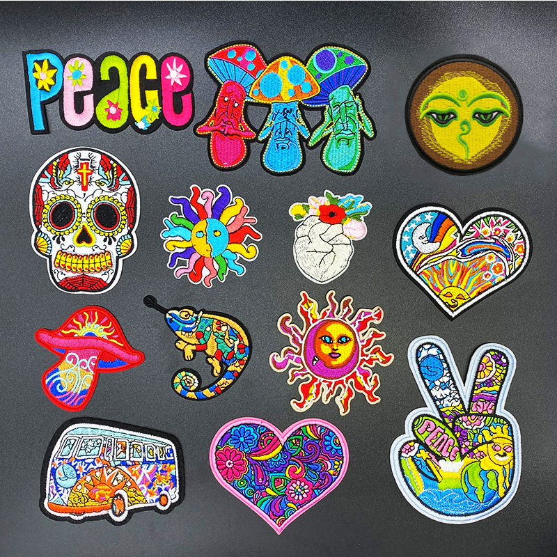 1PCS/peace sign skull Embroidery Patches for Clothing Appliques Clothes Stickers Iron on bags Kid Dress Decoration western style(China)