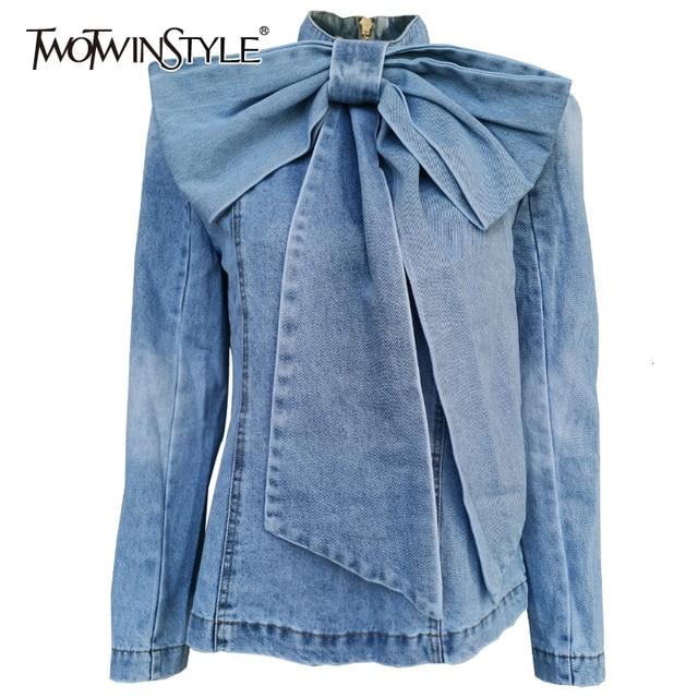 Twotwinstyleパッチワーク弓デニム女性のジャケットスタンド襟長袖ヴィンテージシャーリングジャケット女性のための2020ファッション服