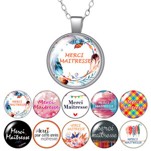 Le français merci maîtresse thank you Round Pendant Necklace 25mm Glass Cabochon Silver color Jewelry Women Party Birthday Gift