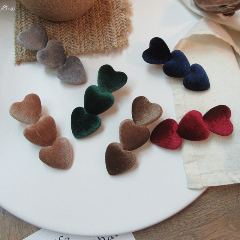 AOMU 1PC Japan Vintage Velvet Heart Hairpins Barrettes Korea Cute Heart Women Hair Clips Hair Accessories Hairgrip