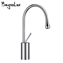 Single handle single hole chrome cold and hot water short outlet pipe can be rotated 360 ° basin faucet kitchen basin faucet