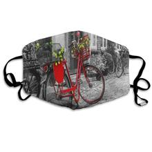 Máscara facial, bicicleta roja Vintage en la calle adoquinada, increíble ciclismo, máscara facial de media cara para niños