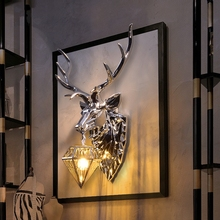 Asian Luxury Ancient Resin Wall Lamp Modern Creative Deer Wall Light Vintage Home Decor Silver Vanity Wall Sconce Light Fixture